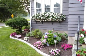 50 Best Front Yard Landscaping Ideas And Garden Designs For 2018 in Backyard And Garden Ideas