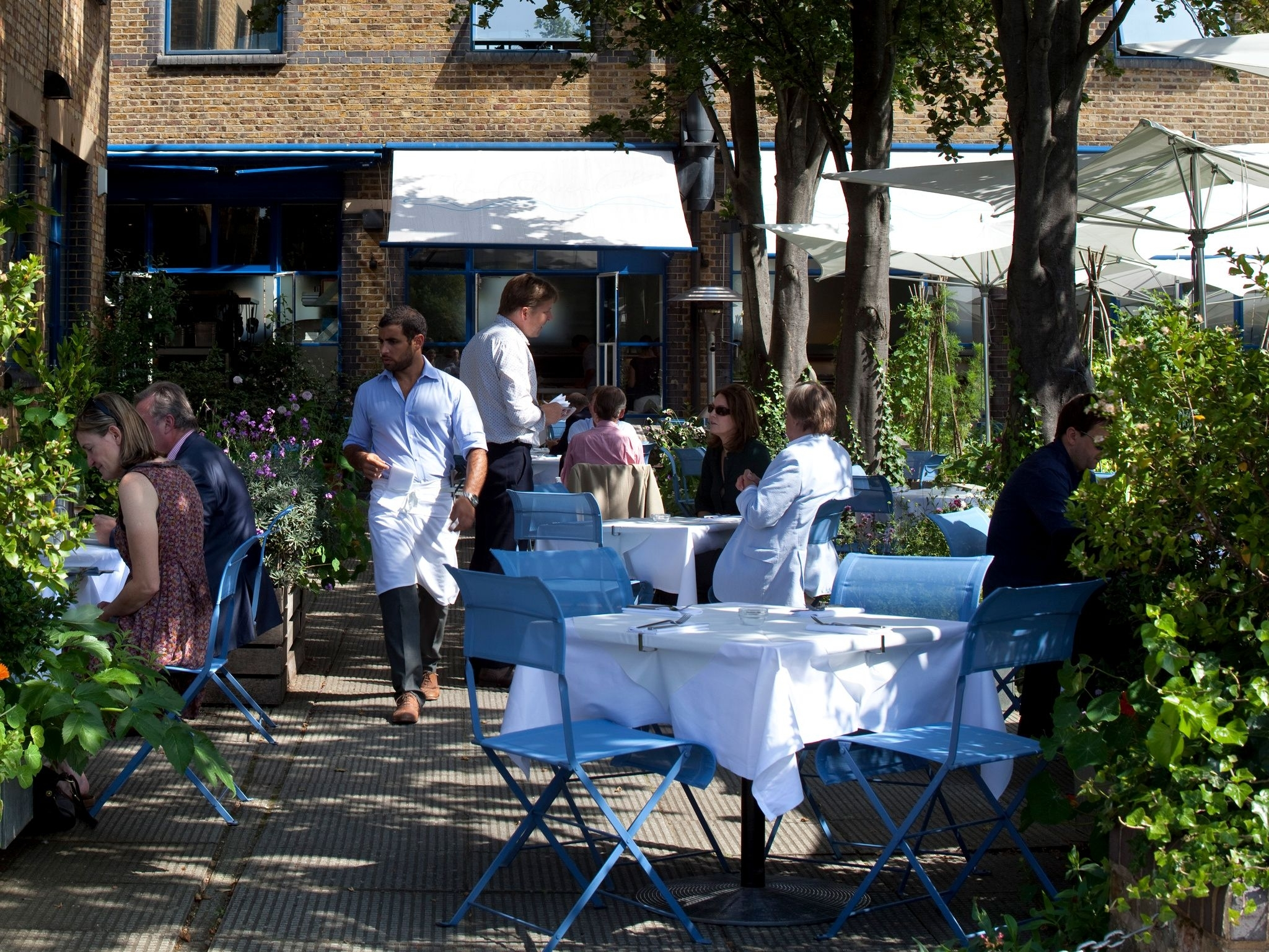 Backyard Garden Lunch Special Best Of 42 Ace Places To Eat Alfresco within Backyard Garden Lunch Special