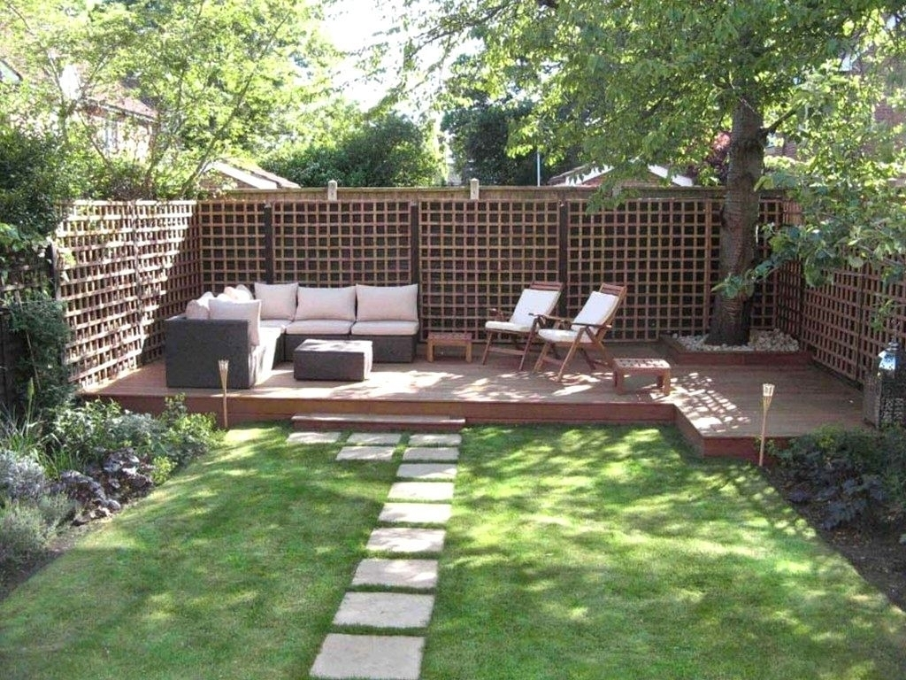 Fantastic-Backyard-Garden-Ideas-On-A-Budget -Throughout-Inspirational-Home-Decorating in Backyard Garden Ideas On A Budget