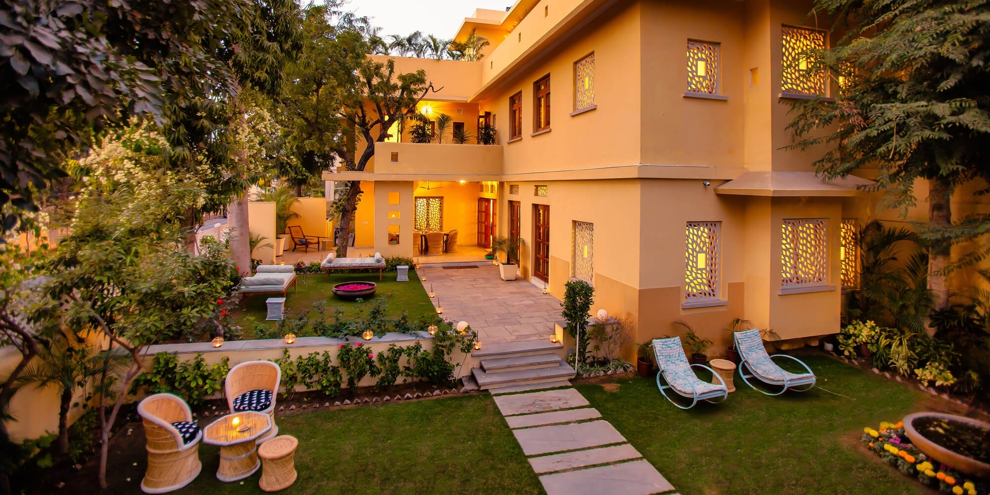 28 Kothi, Civil Lines, Jaipur, Rajasthan Hotel Reviews within Anokhi Garden Guest House And Cafe