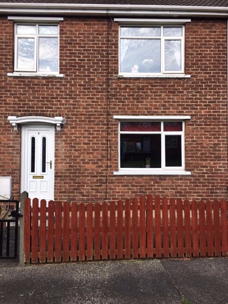3 Bedroom Mid-Link Unfurnished House To Rent In Grampian Avenue throughout Garden House Farm Chester Le Street