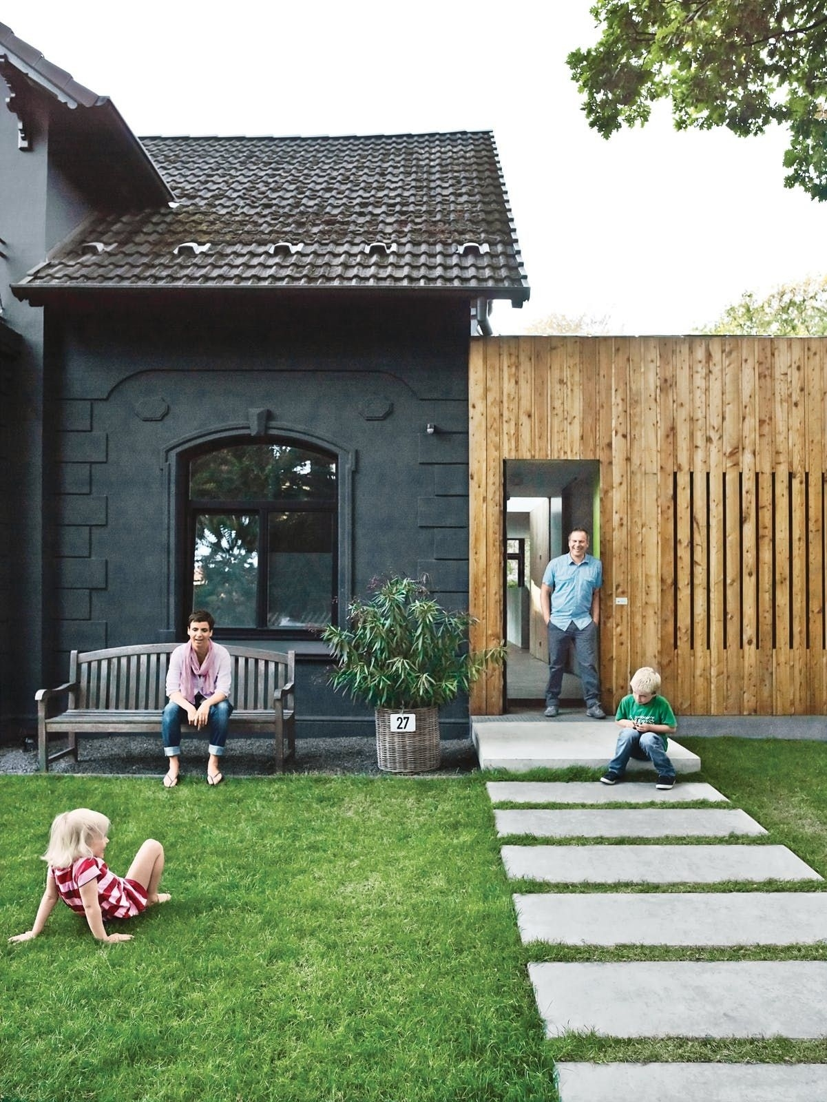 5 Traditional Homes With Super-Modern Additions | Pinterest throughout House And Garden Design Hamburg