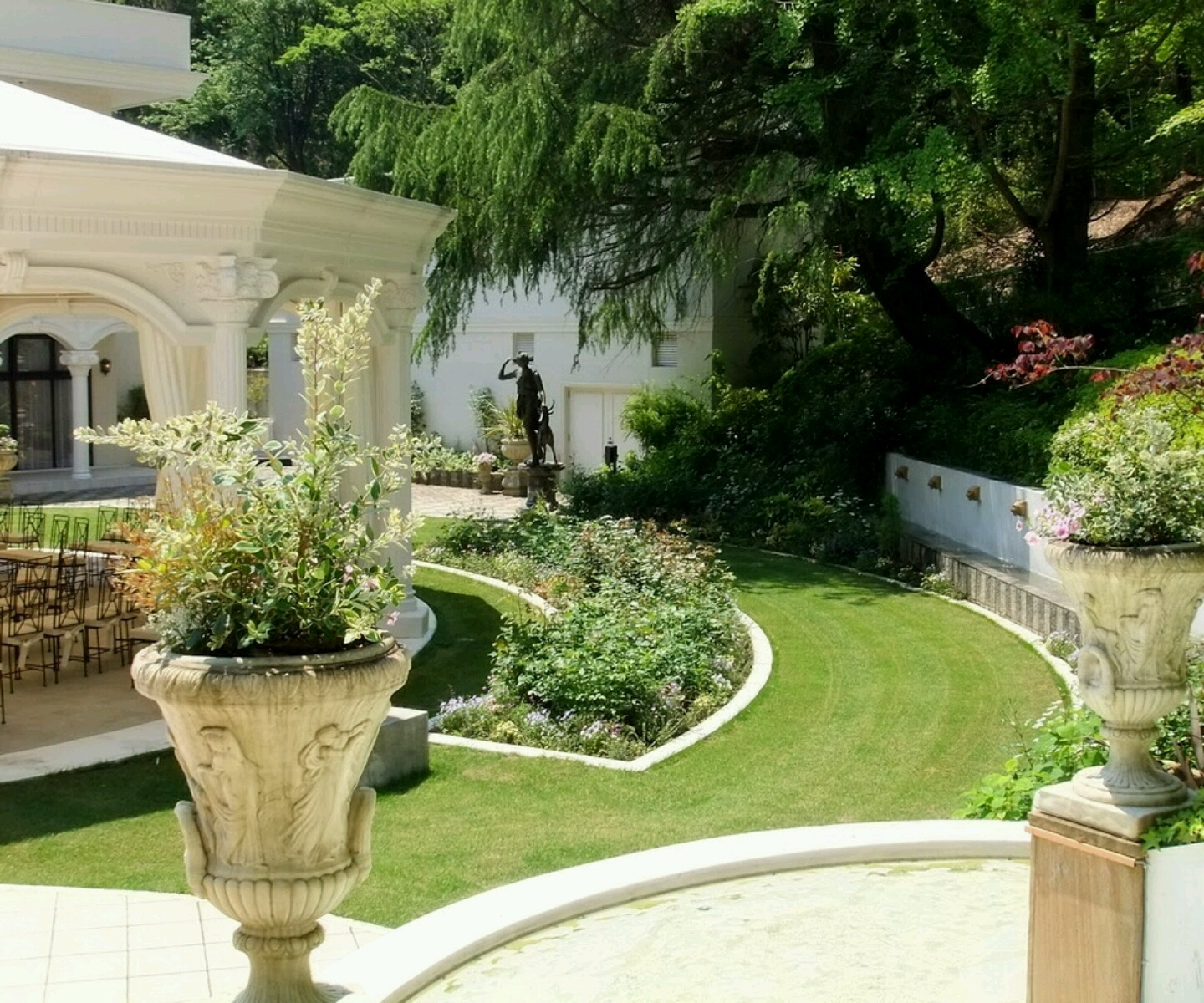 Amazing Of Excellent Home Garden Designs House Garden Des #5325 with New House Garden Design Ideas