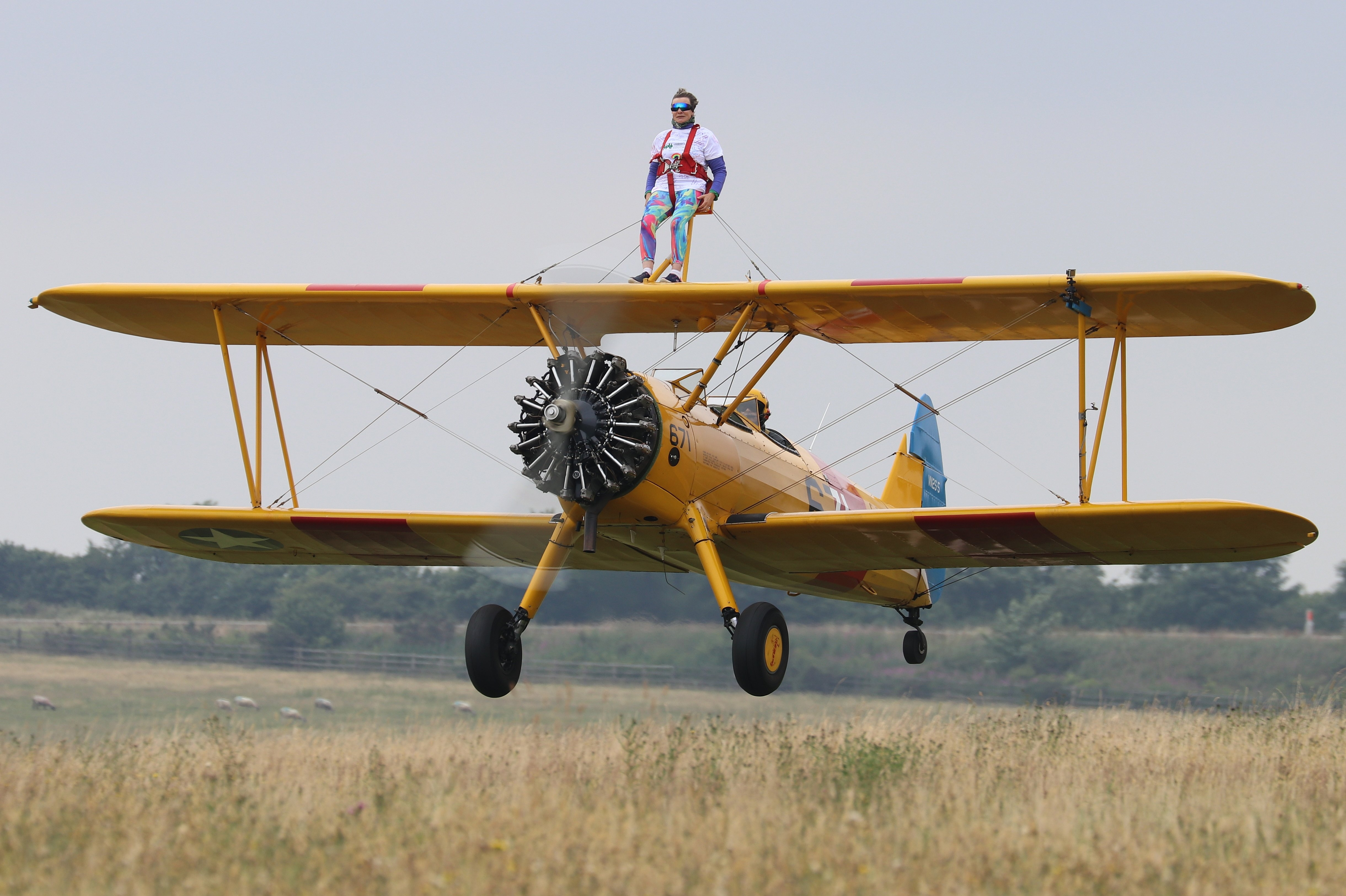 Little Harbour Cook Flies High For Hospice   Childrens Hospice South for Garden House Hospice Wing Walk