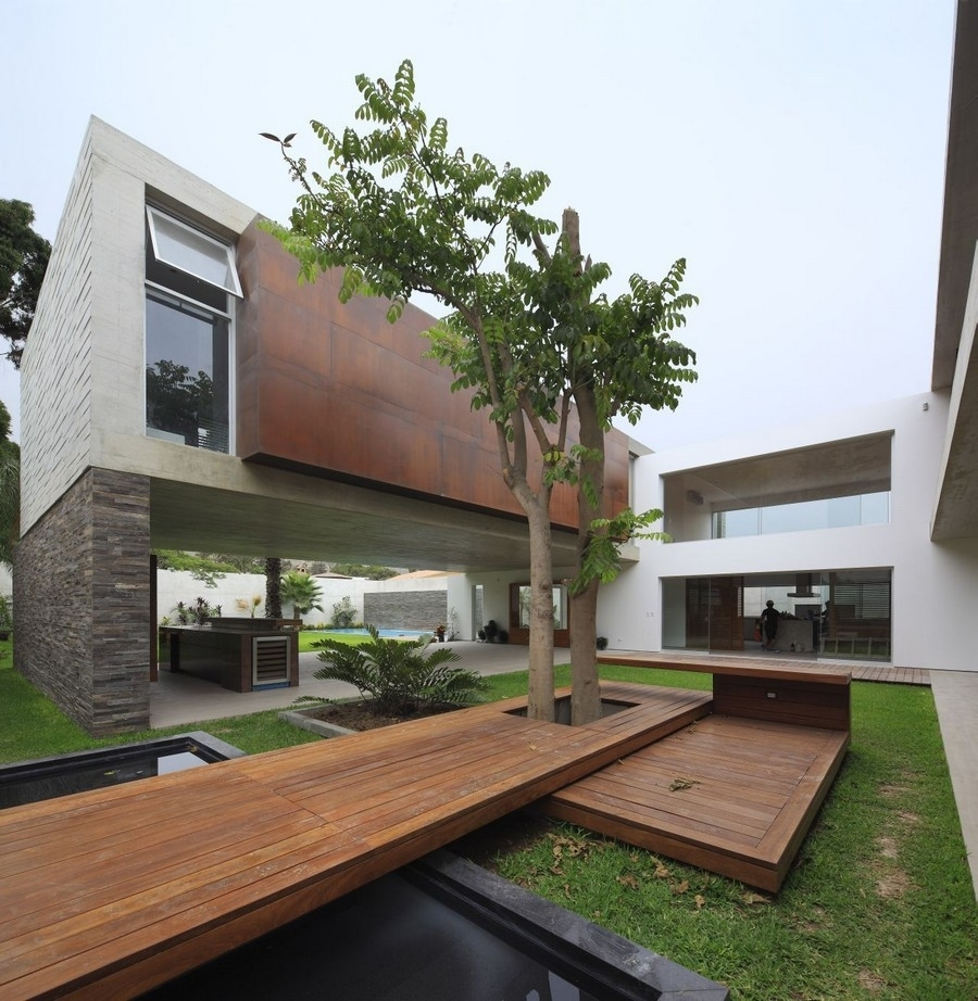 Opulent Residence Built Around A Central Courtyard In Peru: La within House Design With Central Garden
