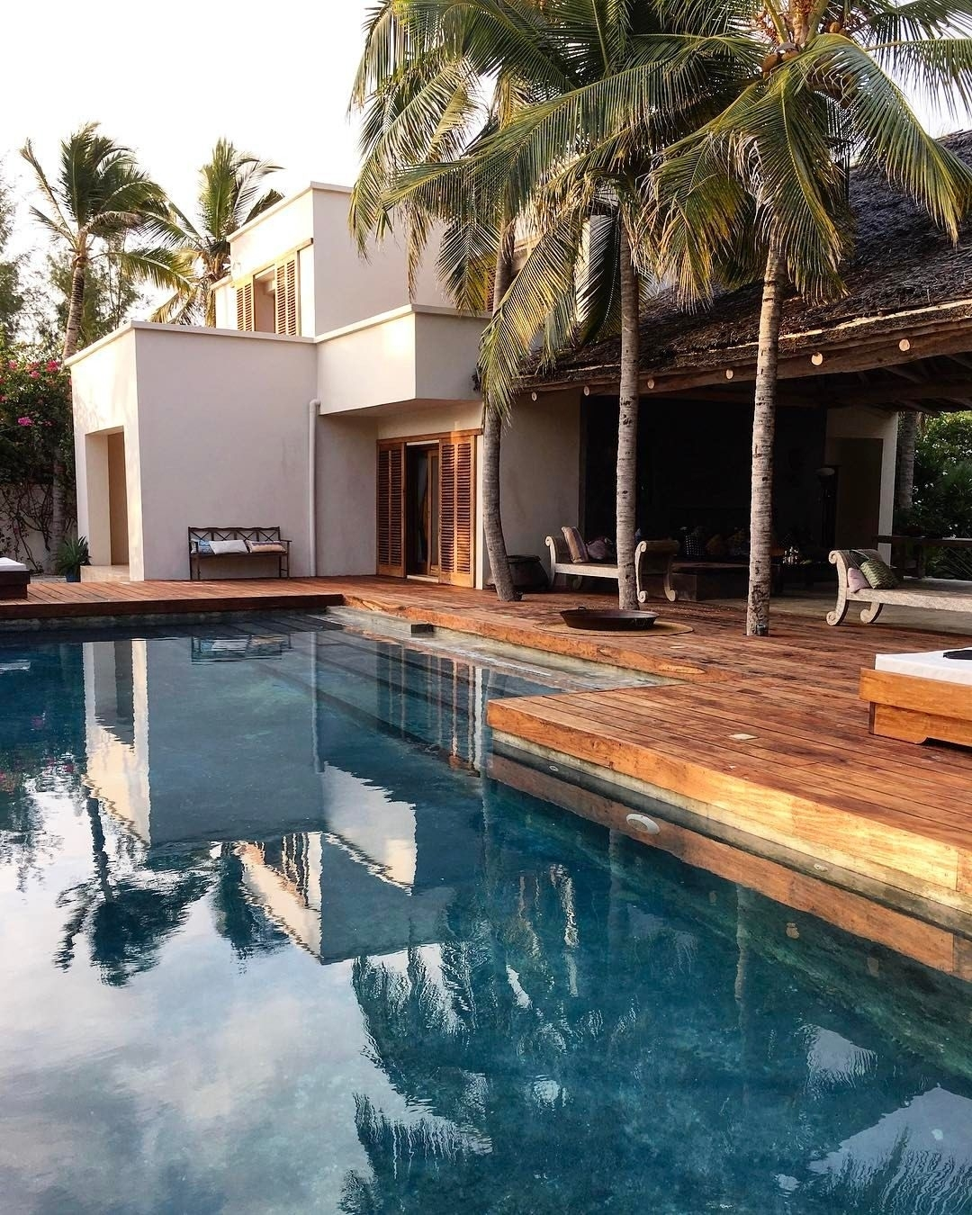 Pin By Diego Zambrano On The Pool | Pinterest | House Design, Home throughout House Design With Garden And Pool