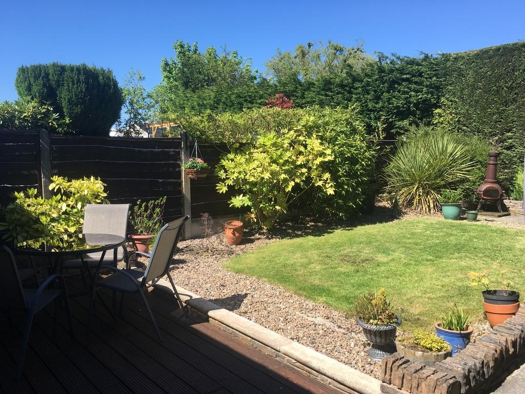 Spacious Bungalow/private Garden-Sleeps Up To 6, Marple, Uk with Save The Garden House Marple