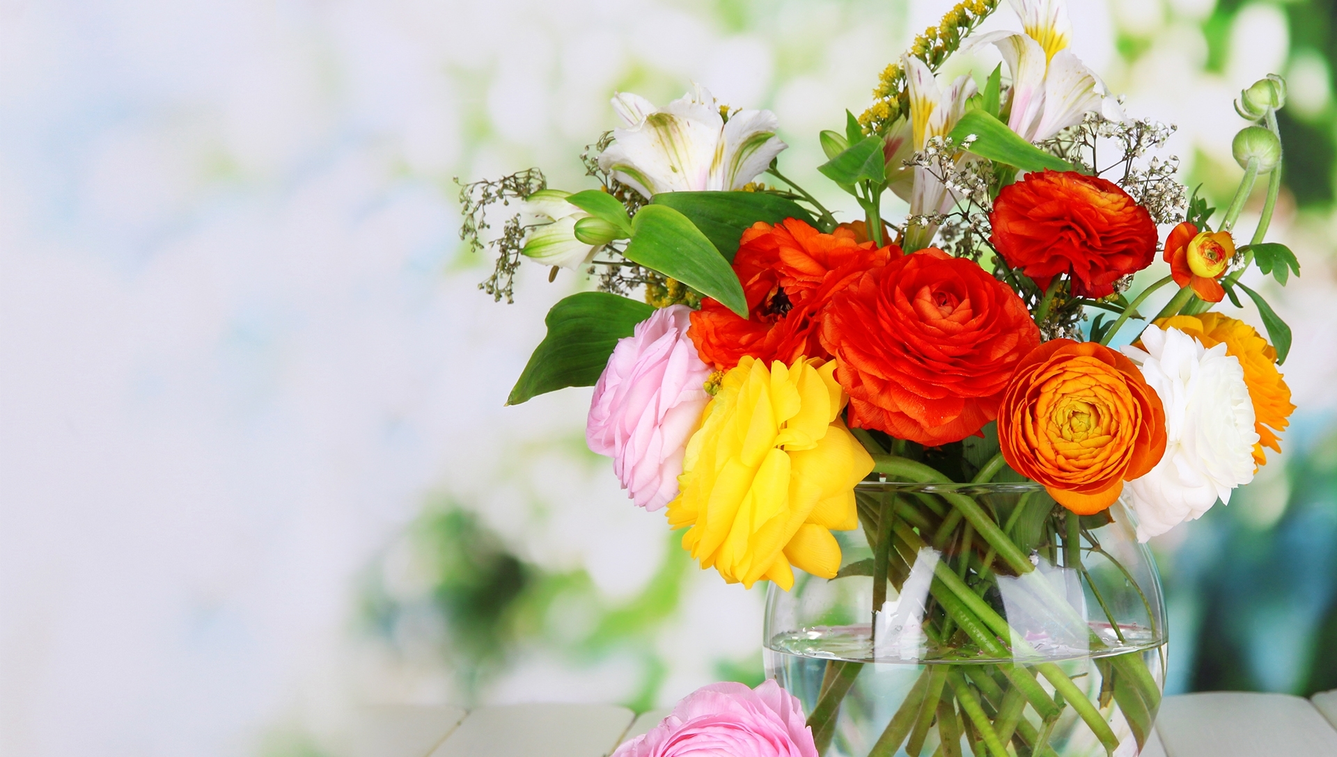 Blackwood Florist | Flower Delivery By Chews Florist within Garden Gate Flowers St Joseph Mo