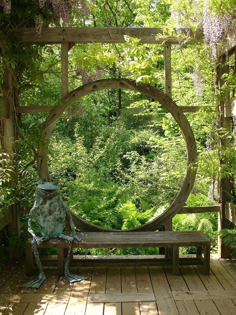 Best Heavenly Moon Gate Ideas For Your Garden (40 Pictures) | Asian with Zen Garden Gate Design