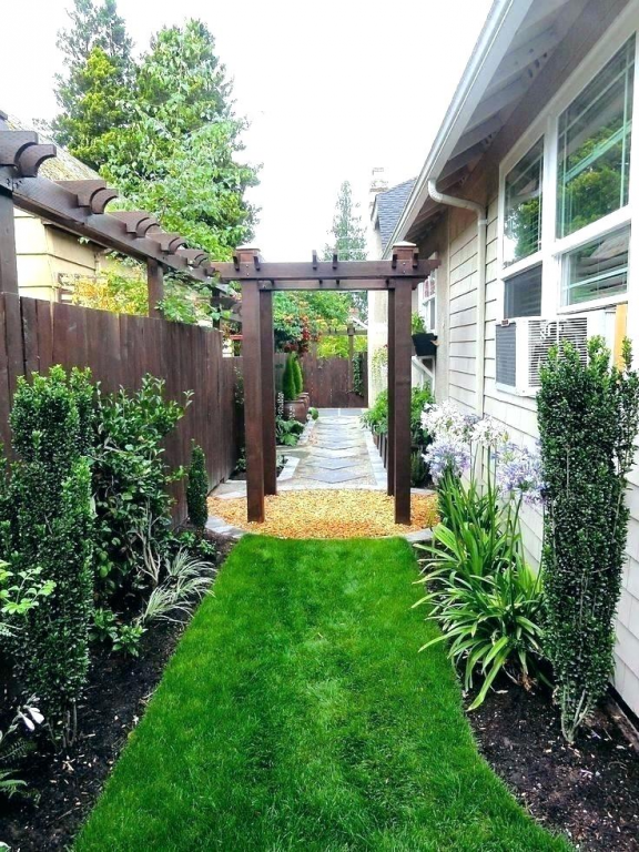Landscaping Ideas For Small Side Yard